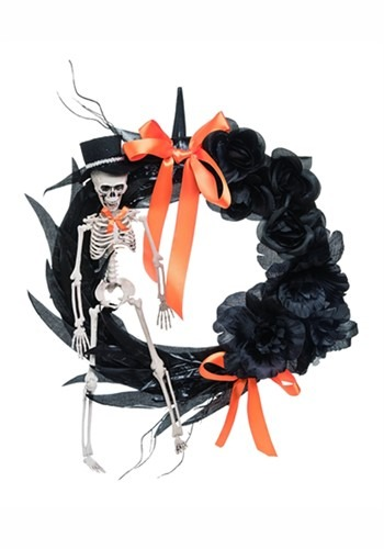 Foam/Plastic Feather Skeleton Wreath